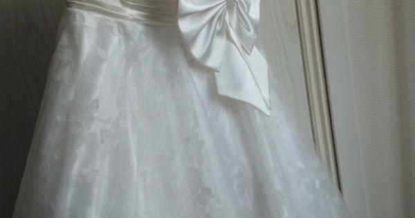 Jolie robe de mariée courte taille 36, style
