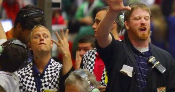 These 14 Trader Hand Signals Are An Hr Rep S Worst Nightmare