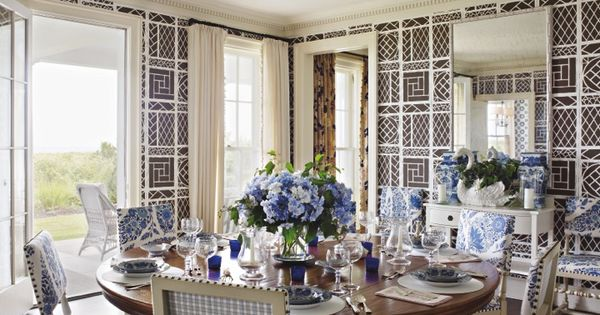 A tom scheerer designed dining room on long island Tom scheerer house beautiful