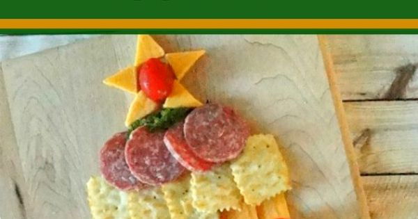 Amazing Holiday Cheese Cracker And Sausage Christmas Tree