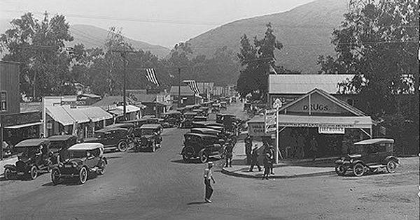 City Of Laguna Beach Historic Photos Of Laguna Laguna Beach California History Laguna
