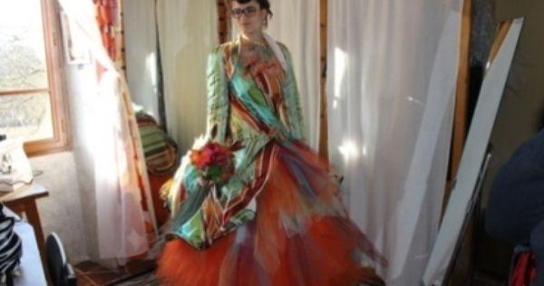 Robe de mariée de créatrice colorée et originale  Robes de mariée ...