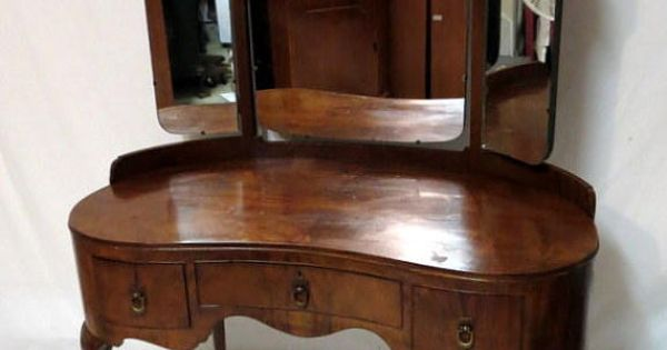Antique French Art Deco Flame Walnut Kidney Shaped Vanity Dressing Table With Queen Anne Legs