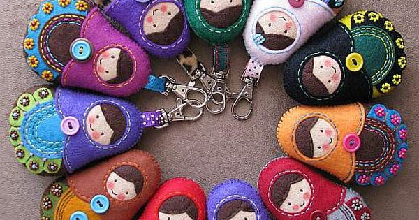 Felt dolls: Pakamera.pl - broszki - Matrioszka w stylu folk :)