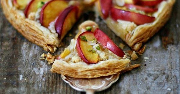 Nectarine Frangipane #Tart | s w e e t | Pinterest | Pistachios, Tarts ...