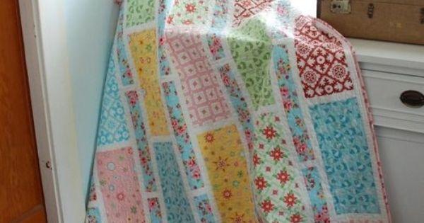easy quilt @ DIY Home Crafts - good quilt design for distinctive