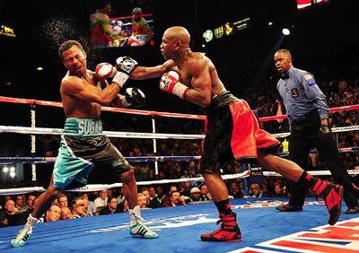 10 Floyd Mayweather Boxing Tricks Floyd Mayweather Boxing Floyd Mayweather Boxing Techniques