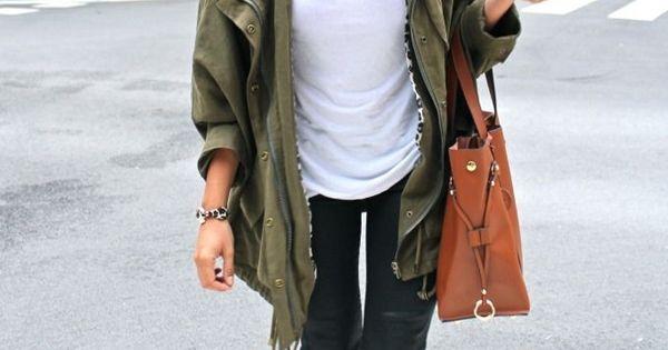 #armygreen gold leopard details jeans messybun messyhair