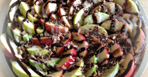 Great party Idea: Apple Nachos - Think of a chocolate caramel apple