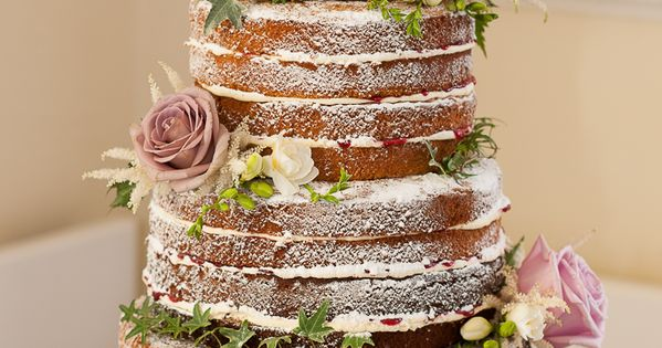 how to stack victoria sponge wedding cake wedding cake wedding cakes 16176