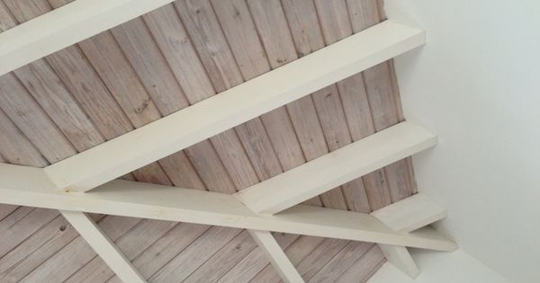 4 natural ceiling whitewashed beams nw wainscott for White ceiling with wood beams