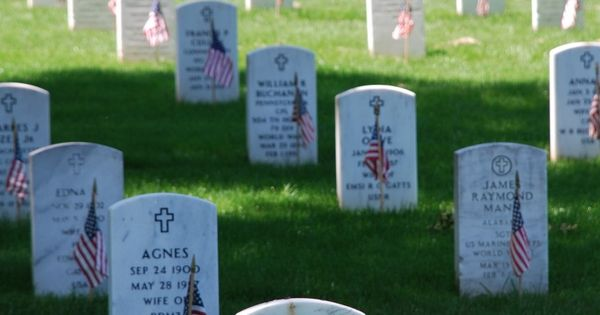memorial day is federal holiday