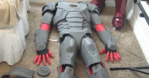how to make a iron man suit with cardboard