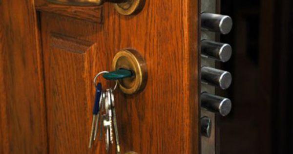 Home locks locks home unlock home locksmith for Door unlock service