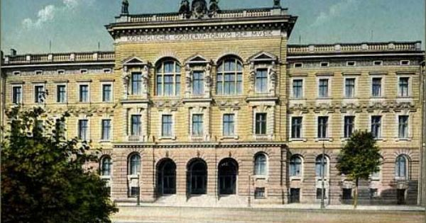 University Of Music And Theatre In Leipzig Germany This University Was Founded By Felix Mendelssohn In 1843 As A Conservatory Fo Future Travel Germany Travel