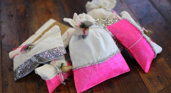 DIY: Creative Ways To Gift Wrap