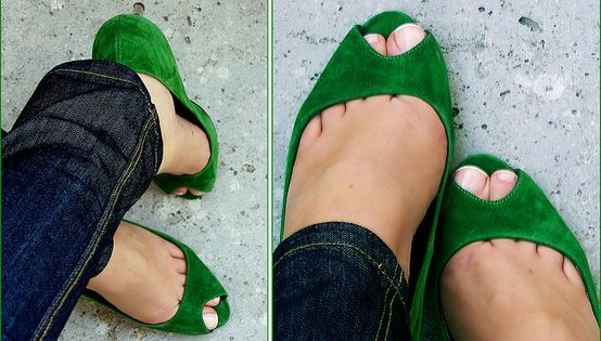 Emerald green peep toes - I don't see those very often… So