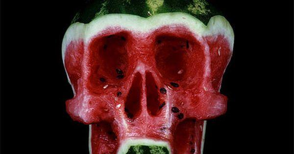 ★♥★ Skull - Dimitri Tsykalov ★♥★ The Russian artist Dimitri Tsykalov offers