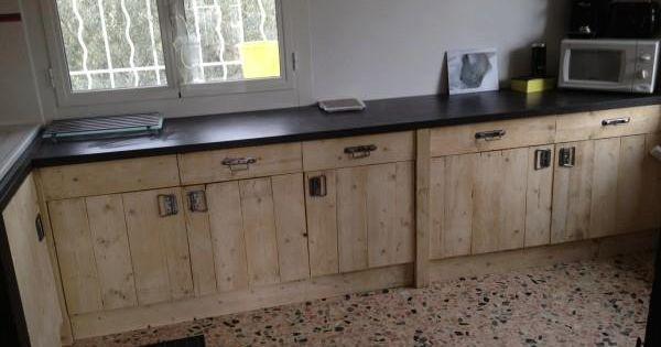 Fundaci n arte reciclado muebles de cocina a base de for Muebles de cocina reciclados