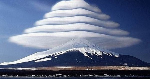 #LenticularClouds lenticular clouds mountains nature wow