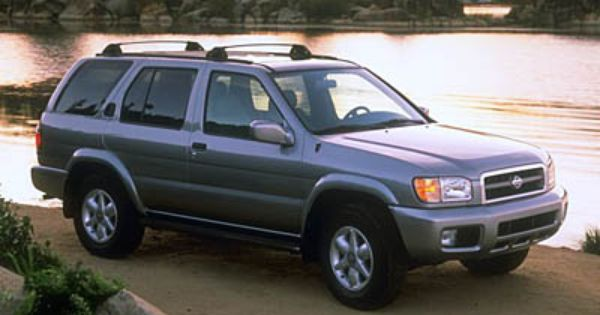 2000 Nissan Pathfinder Pictures Photos Gallery The Car Connection A Gas Guzzling Maui Cruiser It Has To Nissan Pathfinder Nissan Nissan Pathfinder 2000
