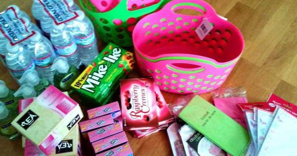 how to make great, inexpensive gift baskets, lists for different themed baskets-