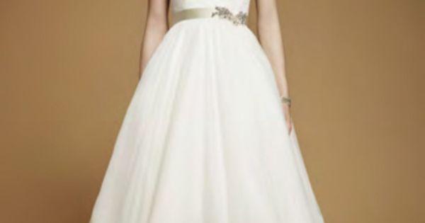 de soirée pas cher - Robe de mariée col rond avec manches courtes ...