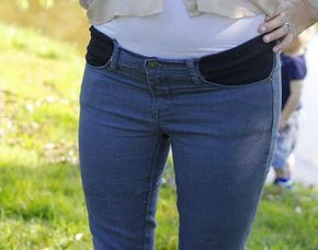 Pin De Madga En K Pantalones De Maternidad Ropa Para Embarazadas Pantalones Embarazada