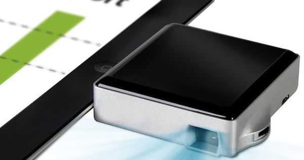 Ipad projector pocket sized ipad iphone projector for Best portable projector for ipad