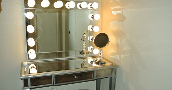 Old Hollywood Vanity Lights : old hollywood vanity with lights Brookes Blonde Reality: Old Hollywood Lighted Vanity ...