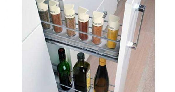 Des placards malins pour une cuisine impeccable leroy - Amenagement placard cuisine leroy merlin ...
