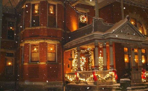 victorian homes at christmas time | Christmas at the Historic Christian Benninghofen