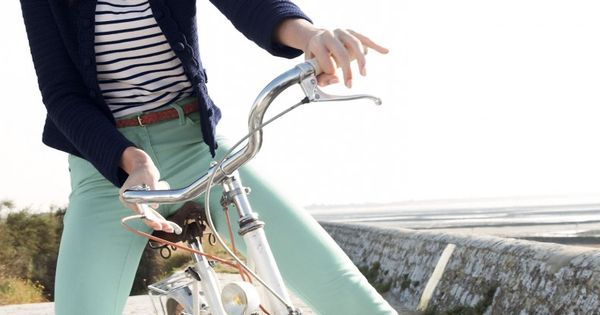 navy blazer, striped shirt, mint green pants love this outfit!