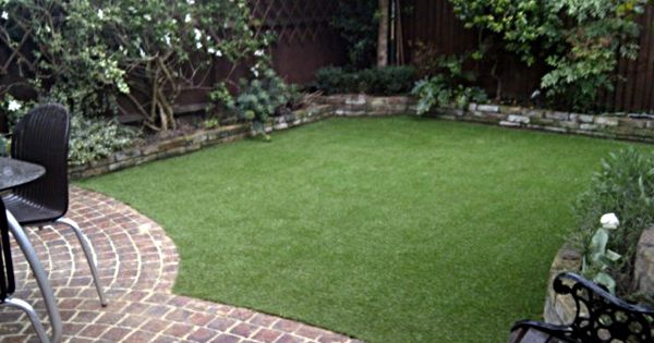 fake-grass-lawn-easy-low-maintenance-garden-small ... on Non Grass Backyard Ideas id=56494
