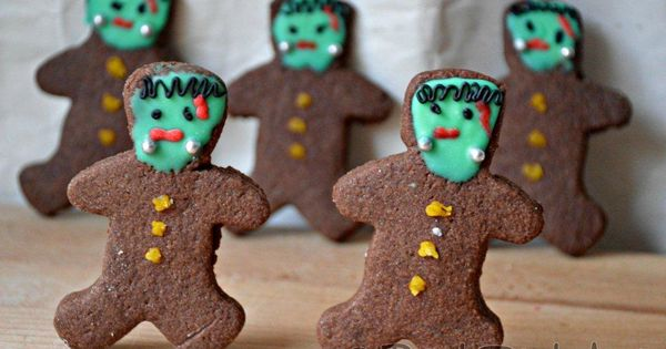 Zombie Gingerbread Cookies - Life at the Zoo