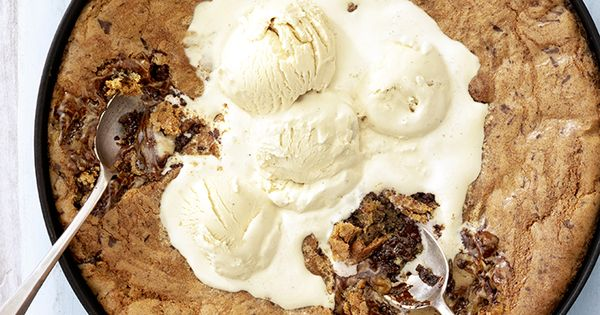 Pizookie (pizza-cookie): A giant baked cookie with gooey chunks of ...