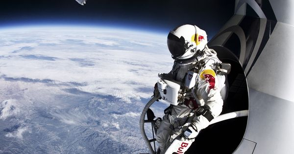 Felix Baumgartner before his freefall from 39,045 meters above ground. photo ©