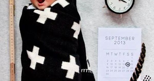 birth announcement with ruler, clock and weight - cute idea mommysdreamteam daynanny