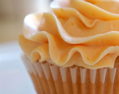Fresh Peach Cupcakes with Peach Buttercream Frosting- for dessert bar
