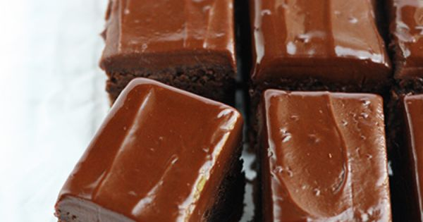 Mmmm yum. Chocolate gingerbread bars with ginger wine ganache sound divine.