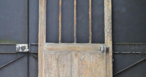 Ancienne porte d 39 entr e d 39 atelier vitr e en ch ne et fer Porte interieure vitree 83 cm