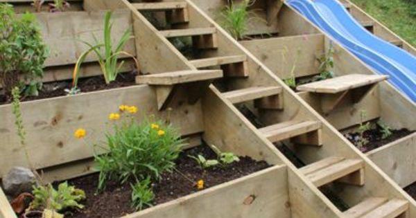 gartenpflanzen beet terrassen gartengestaltung am hang. Black Bedroom Furniture Sets. Home Design Ideas
