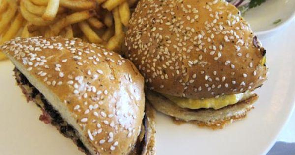 Chicago Blackbird S Burger Will Make You Sing Quick Meals Food Burger