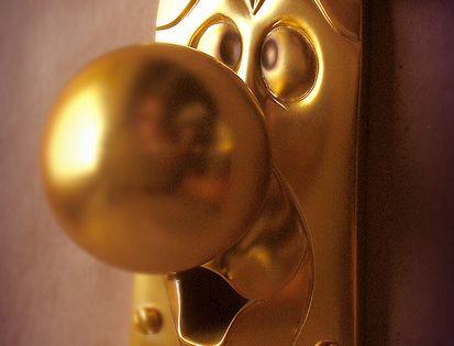 Alice in wonderland kids bedroom door knob love it!
