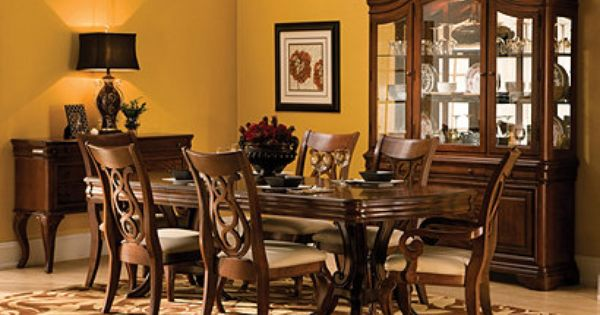 Vintage Traditional Dining Collection Design Tips Ideas Raymour And Flanigan Furniture Classic Dining Room