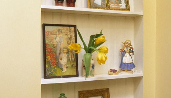 Add shelves in arched niches decorating ideas for Alcove ideas decoration