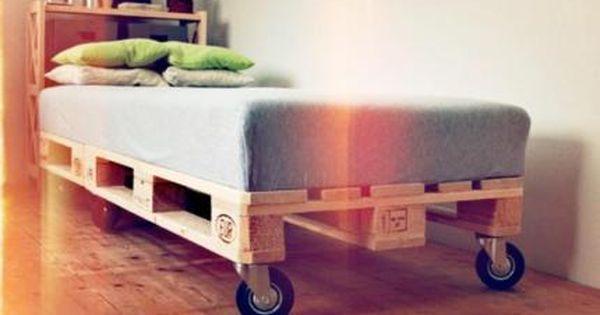 1 Bett Aus Paletten Mobel Mit Matratze In Niedersachsen Nordhorn Bett Gebraucht Kaufen Ebay Kleinanzei Bett Aus Paletten Paletten Palettenmobel Im Freien