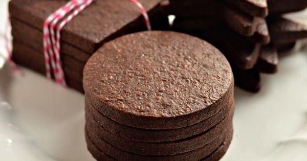 Recipe | Dessert | Cookies | The Perfect Dark Chocolate Sugar Cookie