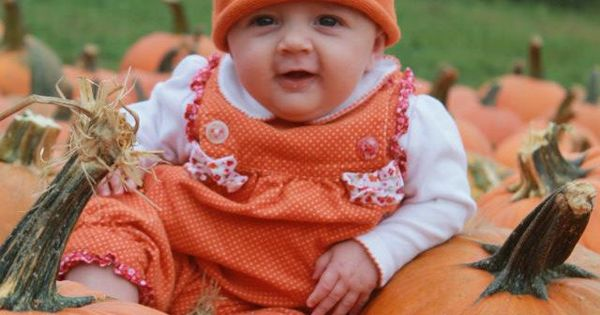 photo poses ideas for 3 friends - Fall baby kids picture ideas
