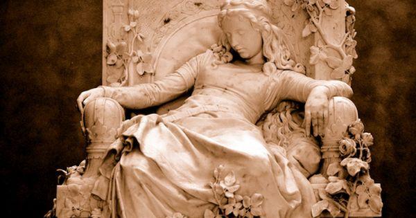 sleeping beauty statue by louis sussmann -hellborn